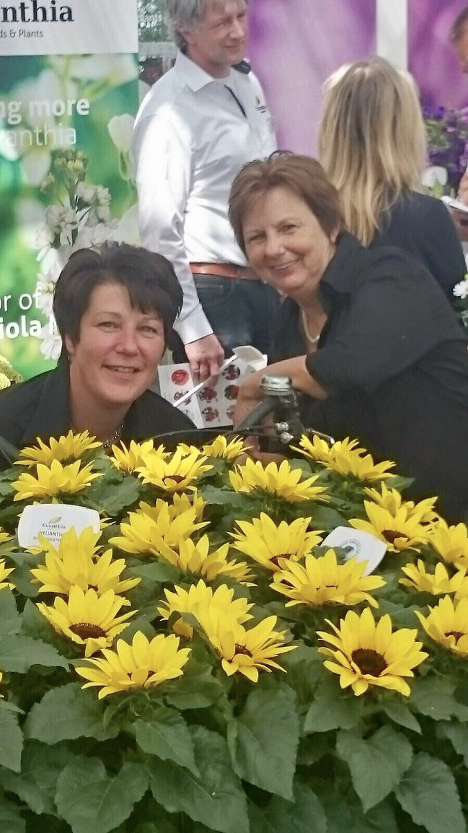 De hele week verzorgen wij de #catering en #verhuur op locatie olv Marian en Anja. #lunches #bbq #bedrijfsevent