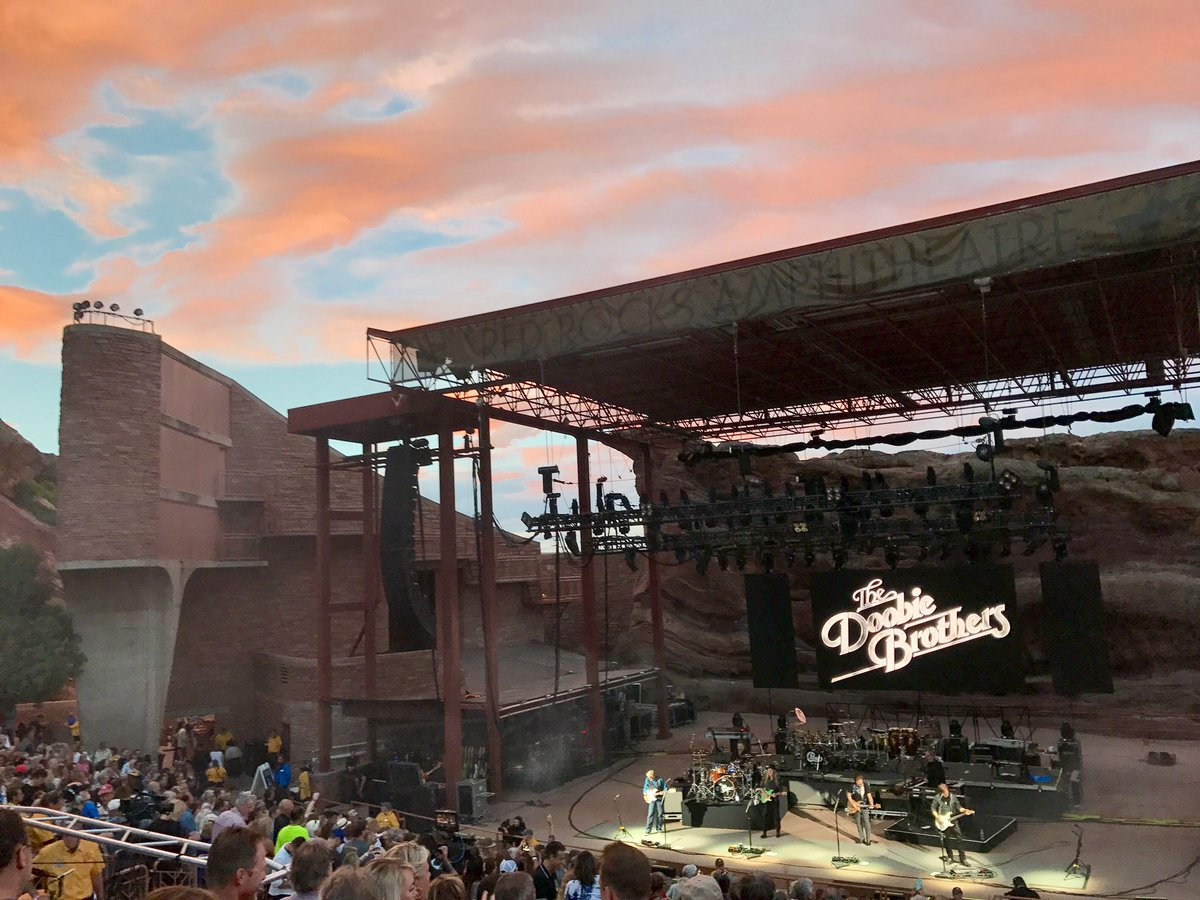 Great show last night @RedRocksCO @TheDoobieBros #listentothemusic #cowx <br>http://pic.twitter.com/Bi36tfZC6h