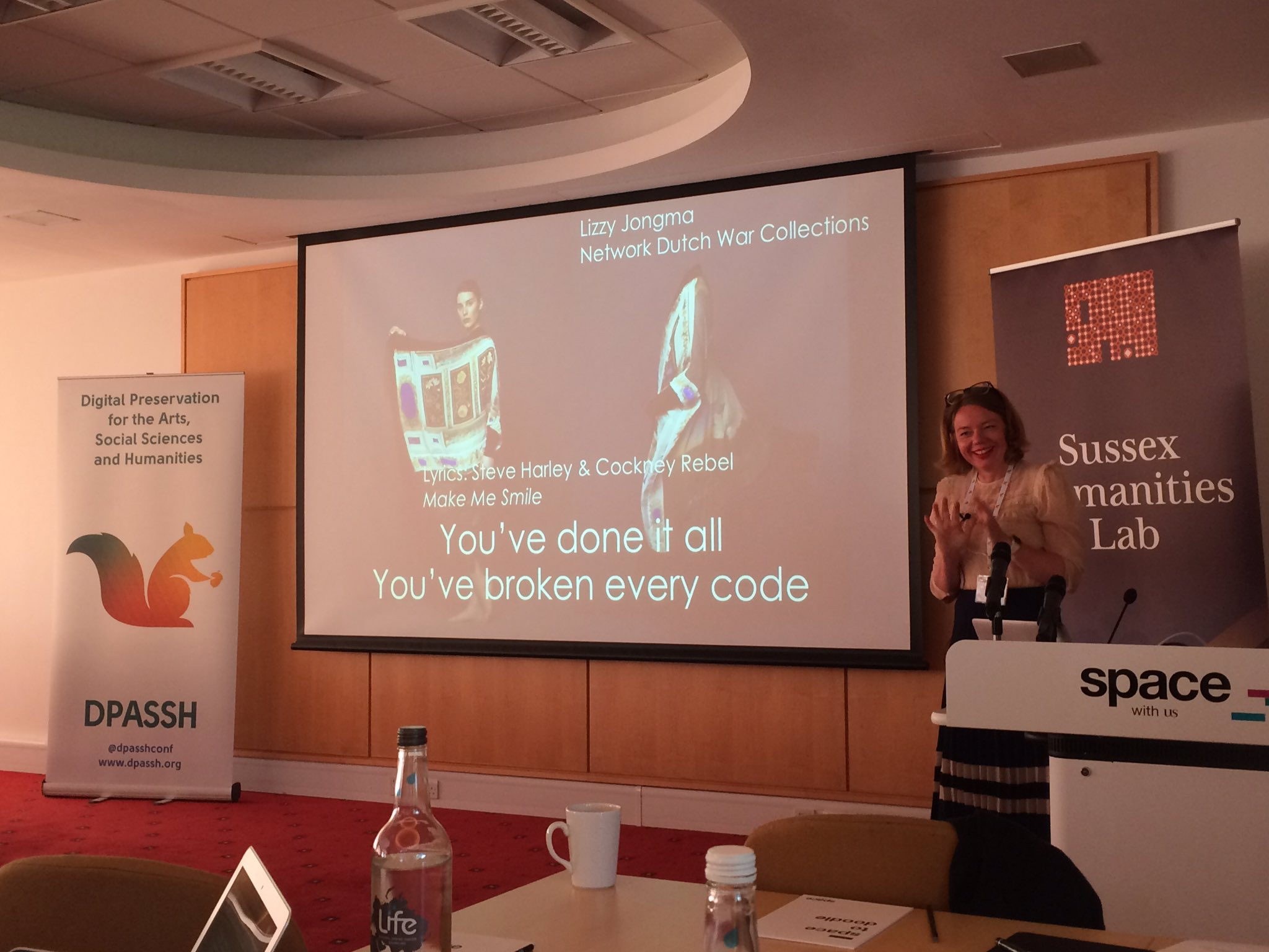 """Keynote talk #dpassh2017, """"You've done it all, you've broken every code: changing digital repositories into research spaces"""" by @LizzyJongma https://t.co/zVDI1Puc4c"""