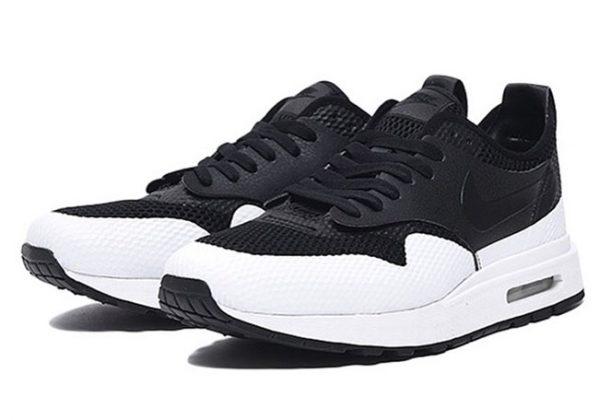 sale retailer 8c7db 596d1 Nike Air Max 1 Royal SE SP BlackWhite - AA0869-001 EU Launch Summer  2017 (TBC) CILIH Nike AirMax AM1 Royal SE SP  FirstLookpic.twitter.com ...