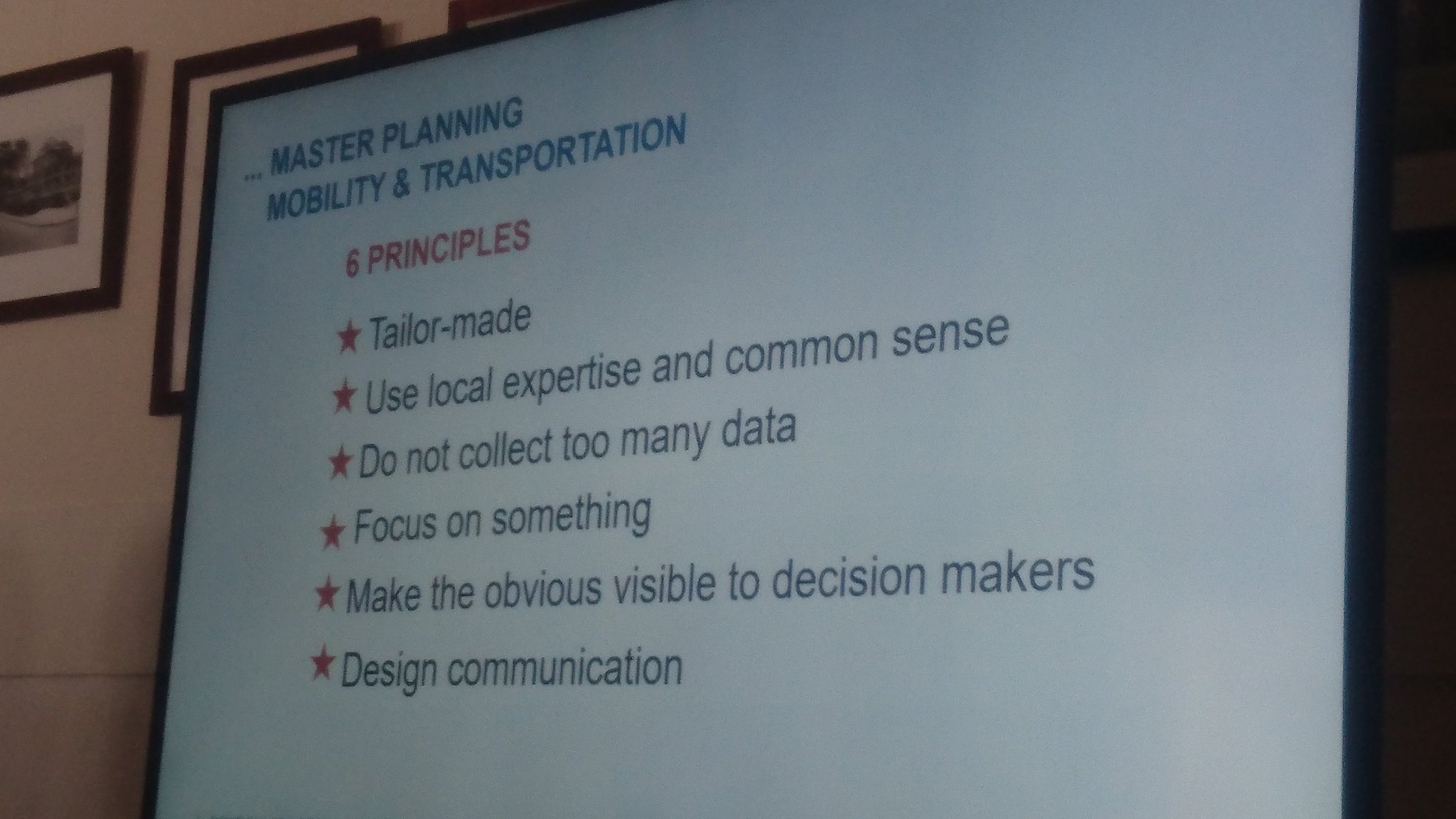 6 principles of master planning for cycling climber cities @CycleCompetence member @andrea_weninger from consultant planners Rosinak #VC17 https://t.co/tjQN1WVvAV