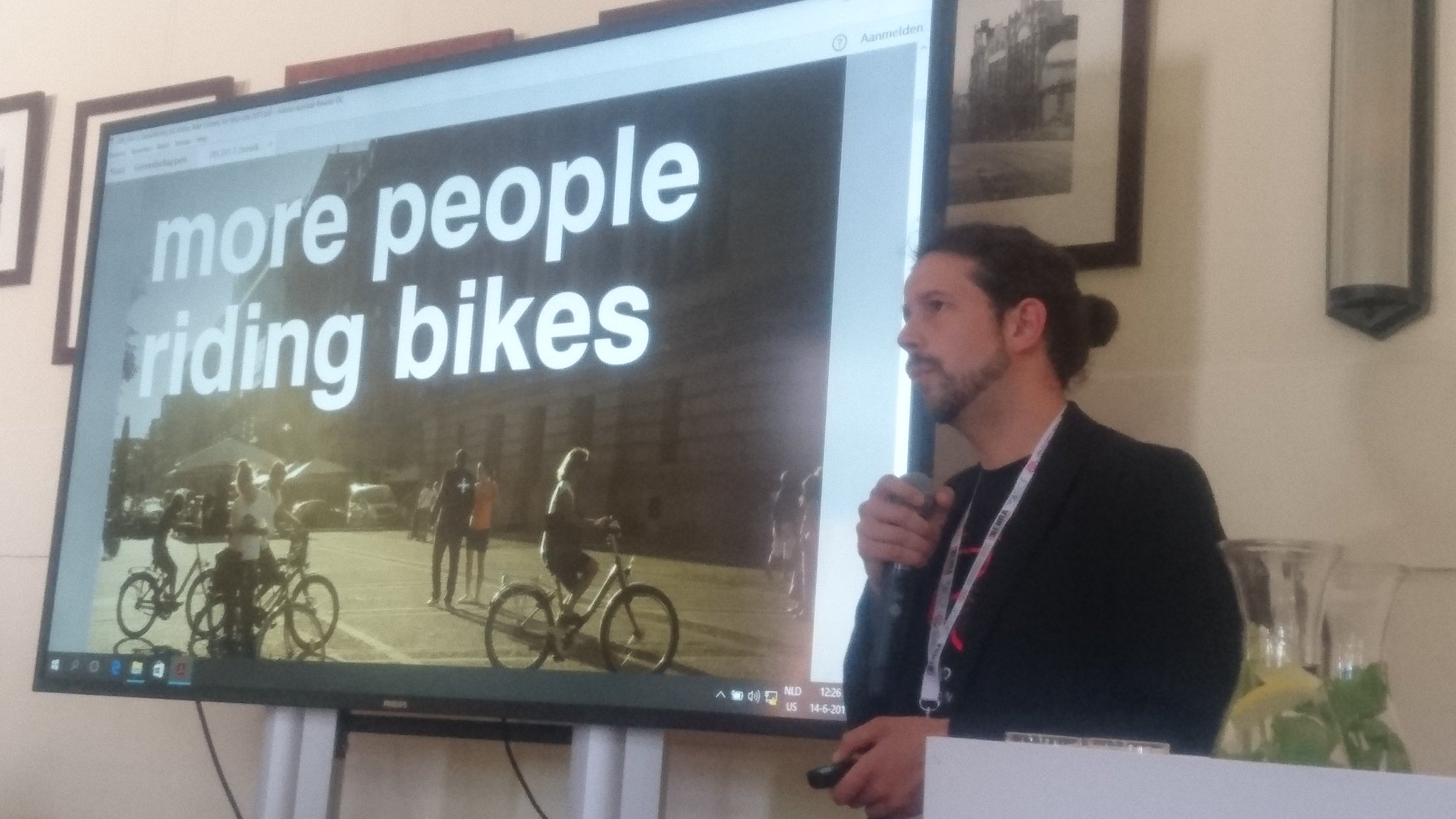 More people riding bikes means more people have to find the best way @BikeCitizens app shows them and collects trip data @Velocity2017 #VC17 https://t.co/K6WsH19kJC