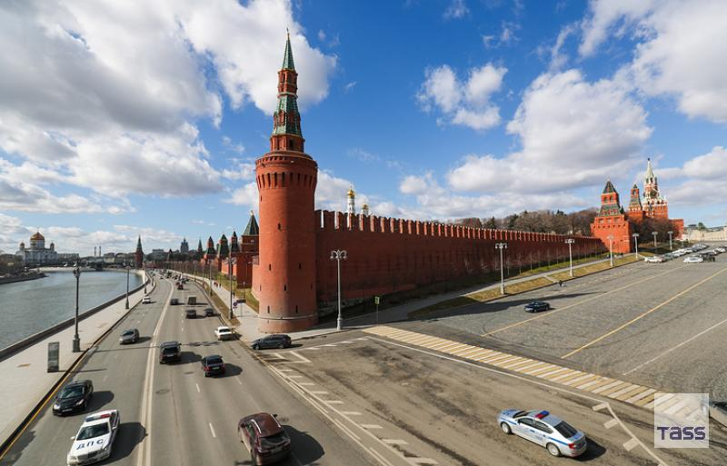 Kremlin would not like relations with #US to nosedive into #sanctions  http:// tass.com/politics/951203  &nbsp;  <br>http://pic.twitter.com/oiiXDh2Hba