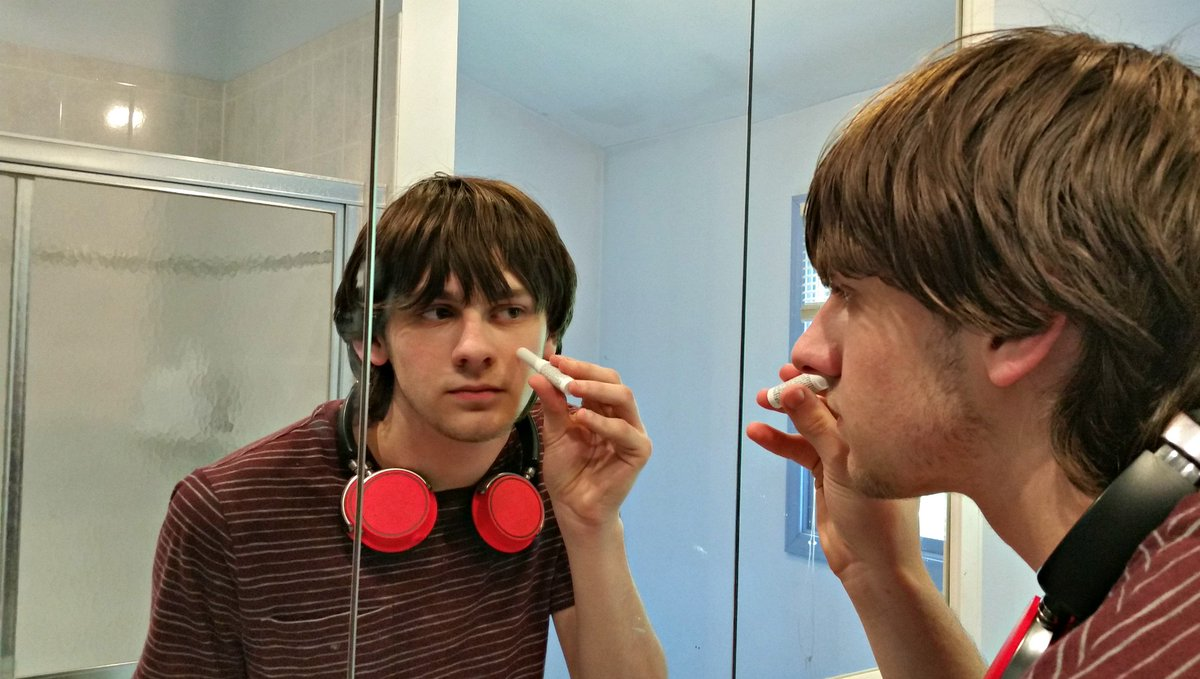 My teen sons tested out the new On-the-Go #Acne Stick from @OXYSkinCare https://t.co/3ogrCHL2QX #ad #oxyskincare https://t.co/R01ZL1wqtk