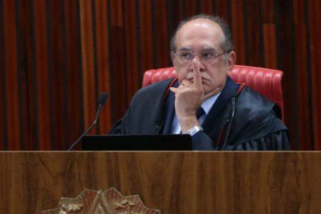 Grupo de juristas e ex-procurador-geral vão entrar com pedido de impeachment de Gilmar https://t.co/llAgNVvzhz