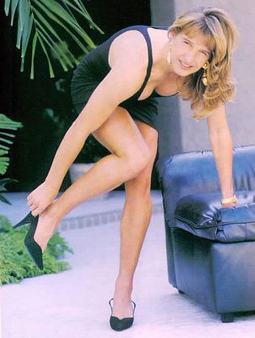 A very happy 48th birthday to one of my favorite human beings ever, Mrs. Steffi Graf.