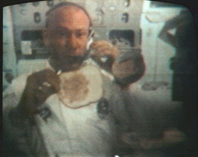 International space station celebrates 15 years in orbit перевод текста - ef2c