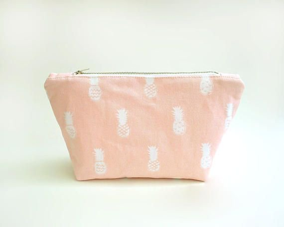Pineapple print makeup bag, Large cosmetic bag, Pink make up bag, Trousse maquillage, Makeup pouch, Summer travel bag, Toiletry case, Sac