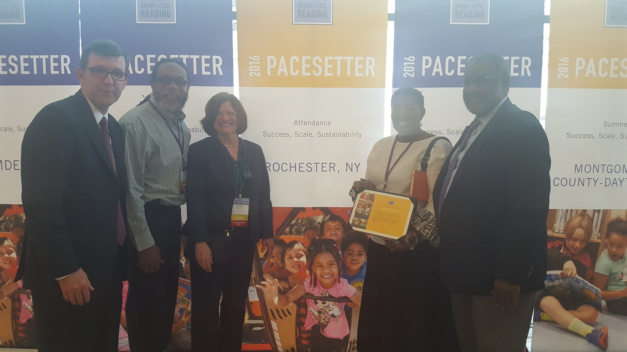 It's official. We got our certificate from the #GLRWeek folks. Thanks to all our community partners for making ROC a Pacesetter City. https://t.co/UXL5iDKsC3