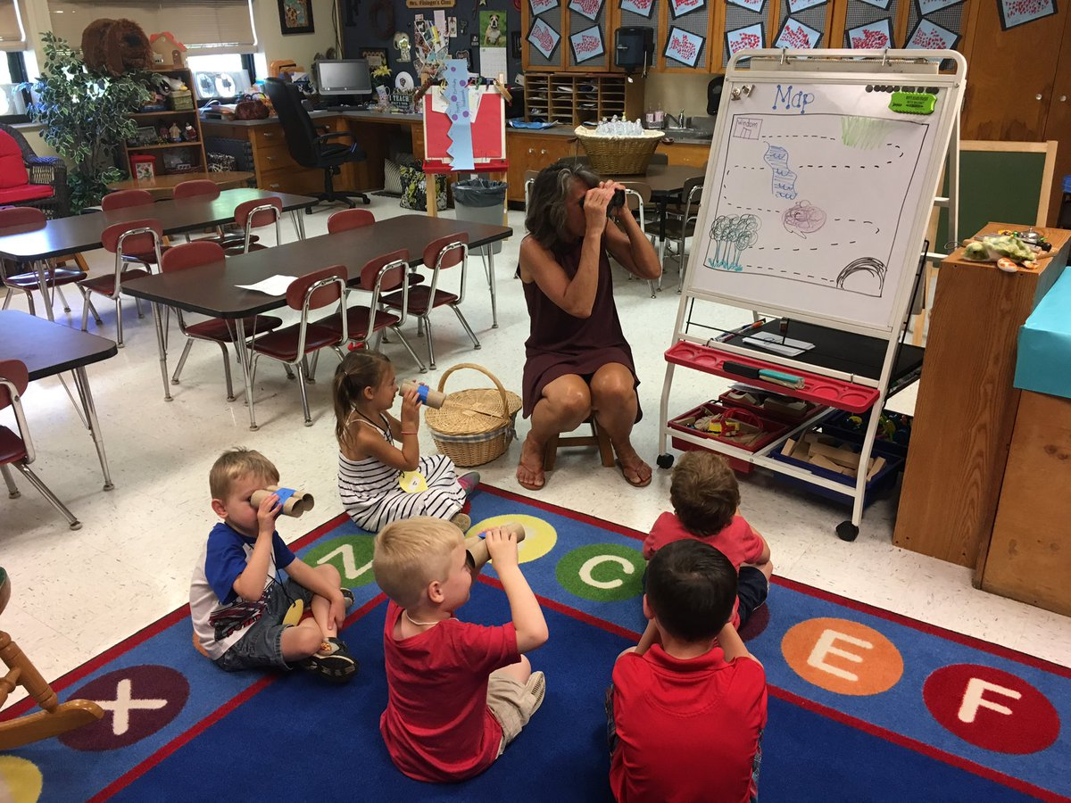 Elementary Classrooms Of The Future : English heads for elementary school in but hurdles abound
