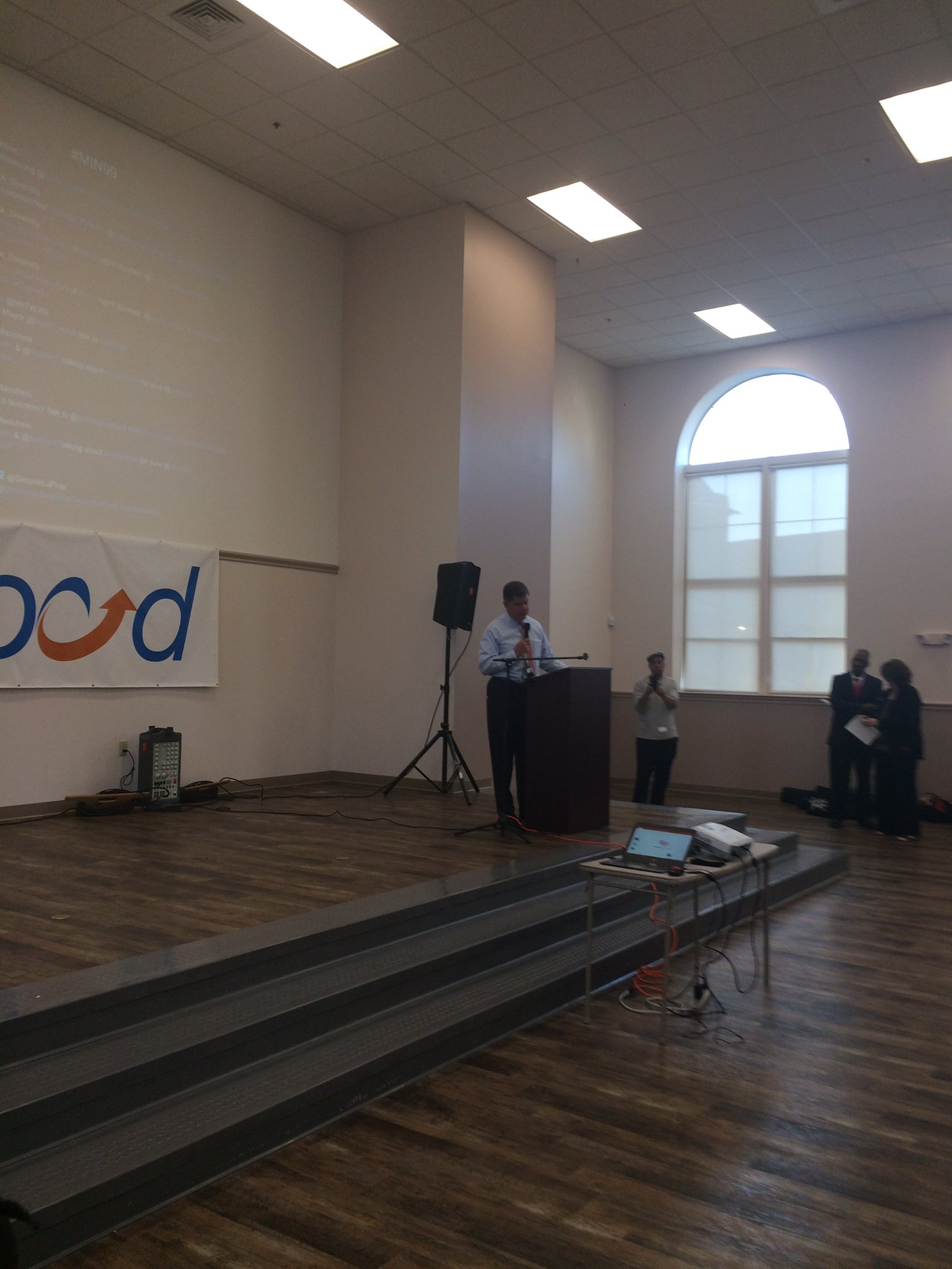 @marty_walsh addressing the auidence here at #MIN99 in #Roxbury! https://t.co/m9ovwObGyJ
