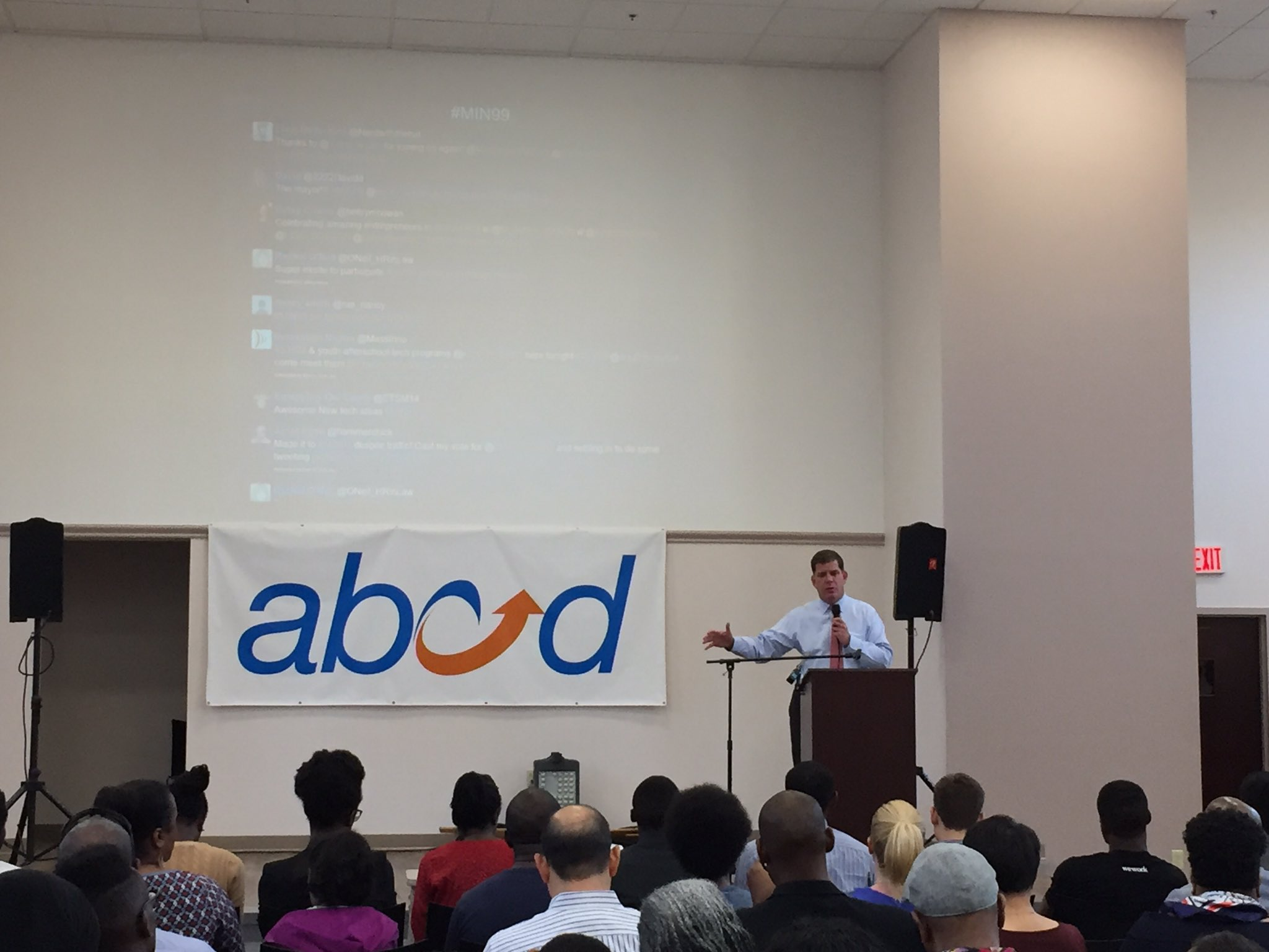 """""""We're here to create opportunities ACROSS ALL #Boston neighborhoods, not just a few"""" @marty_walsh #inclusion #innovationandimpact #MIN99 https://t.co/yaBxAQkRlB"""