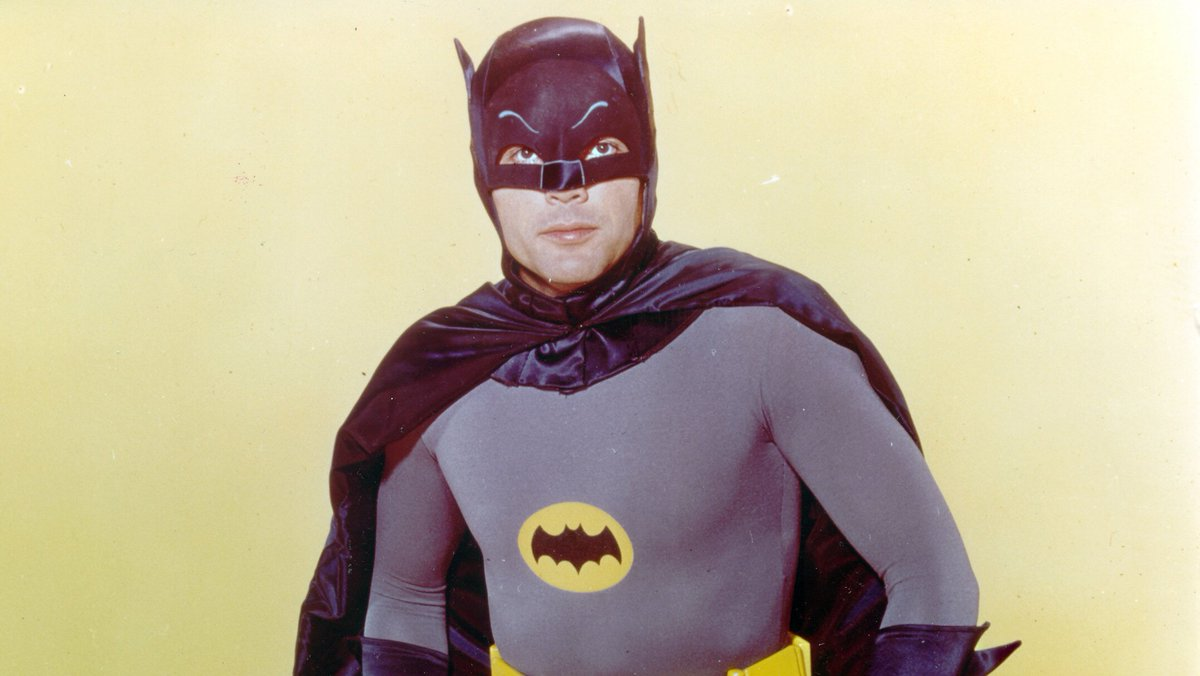 Bat-Signal to Shine Over L.A. in Honor of Adam West https://t.co/oKOgcZCmSo https://t.co/PuwoK4xYiV