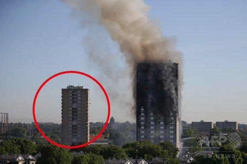 ロンドンの火災のあったマンションがJAMのジャケットに写ってるとのことで気になって調べたけど厳密に言うと写ってる建物の隣(フレーム外)じゃないかな。ジャケの住宅は同じ意匠のものが4棟建ってるけど火災のあった建物とは別だった。 https://t.co/lv2Cv70LBz