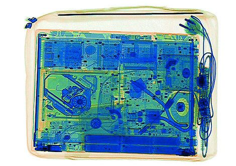 ノートPCの持ち込み禁止はISISの高性能爆弾のせいだった バッテリーを偽装しX線検査を欺く爆弾を使った航空機爆破テロ計画 https://t.co/HeNo1ombij  #ISIS #テロ #イスラエル #ハッカー #トランプ