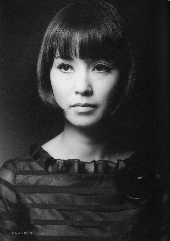 野際陽子さん追悼に、ちょうど今から半世紀前の女史のお写真。美人に歳なしとはいうものの、お美しい。