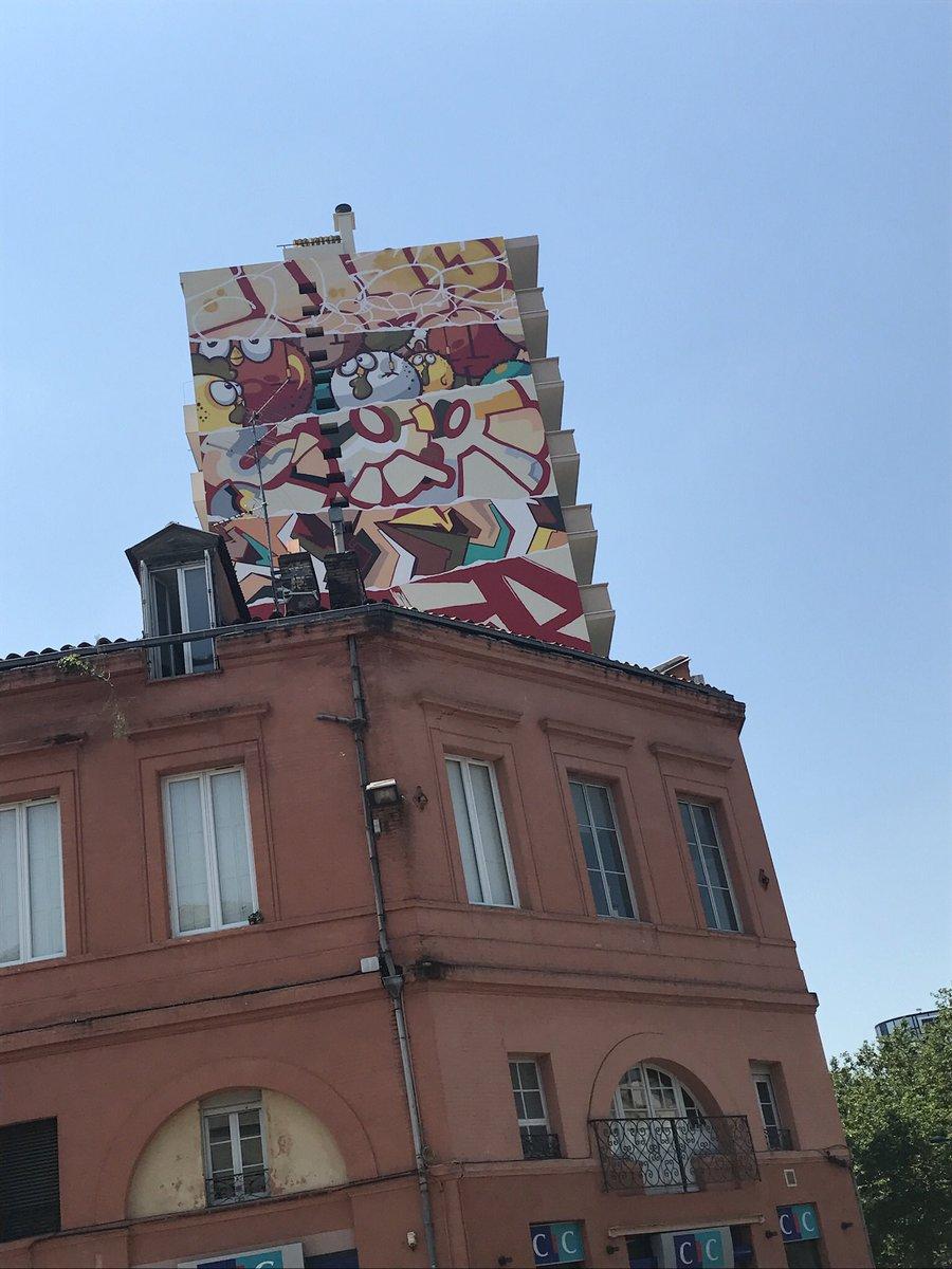 Rendez-vous au coin d'Arnaud Bernard pour découvrir la plus grande fresque urbaine de #Toulouse