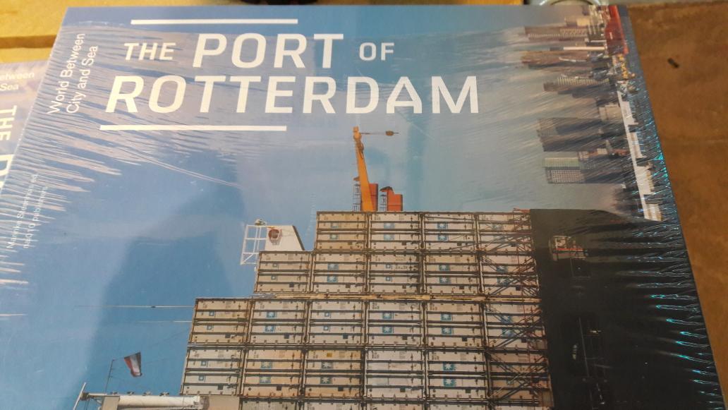 Thumbnail for Visitando la ampliación del puerto de #Rotterdam: Futureland