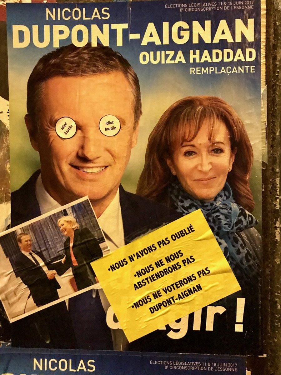 Les yeux grands ouverts sur le travestissement politique #Circo9108 #Dupont-Aignan #Yerres #Brunoy #Montgeron #Vigneux #Crosnepic.twitter.com/MhJyjUjMTO