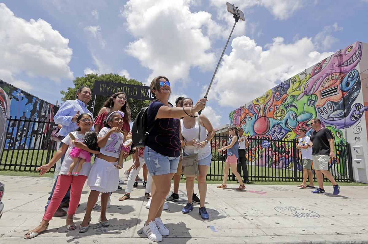 .@CDCgov lifts South Florida's #Zika travel advisory … Locals, tourists to mosquitoes: &#39;Bite me!&#39;  https:// world.wng.org/content/scient ists_marvel_over_ear_s_intricate_design &nbsp; …  #Beginnings <br>http://pic.twitter.com/qwbWu0pcSg