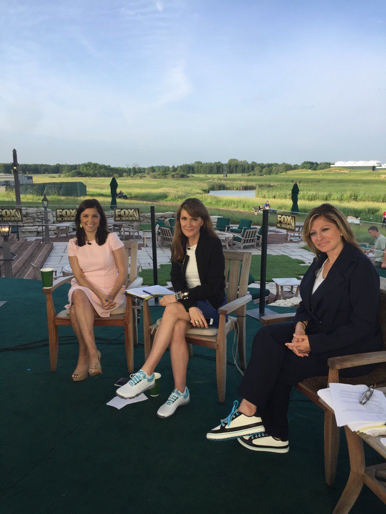#teeoff time. @MorningsMaria @FoxBusiness #Usopen2017 @dagenmcdowell @...