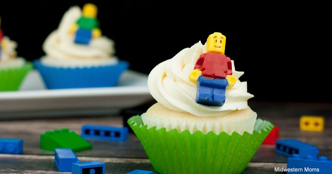 How to make LEGO Cupcakes