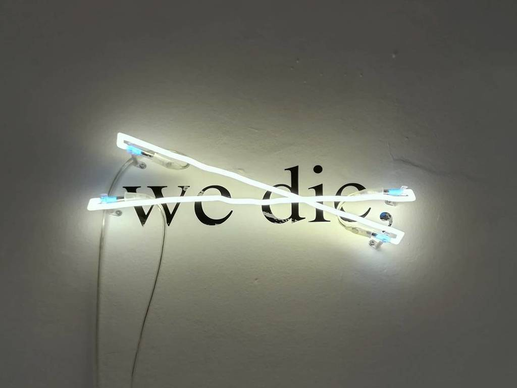 #VictorMan #wedie #neon #neonlight #vynilletters #gamec #bergamo #gift of #clubgamec https://t.co/RScSGrTk0p