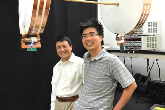 Scientists have developed a way to #wirelessly deliver #electricity to moving objects.  http:// bit.ly/2t5J9Q6  &nbsp;  <br>http://pic.twitter.com/hQ2jjIENCs