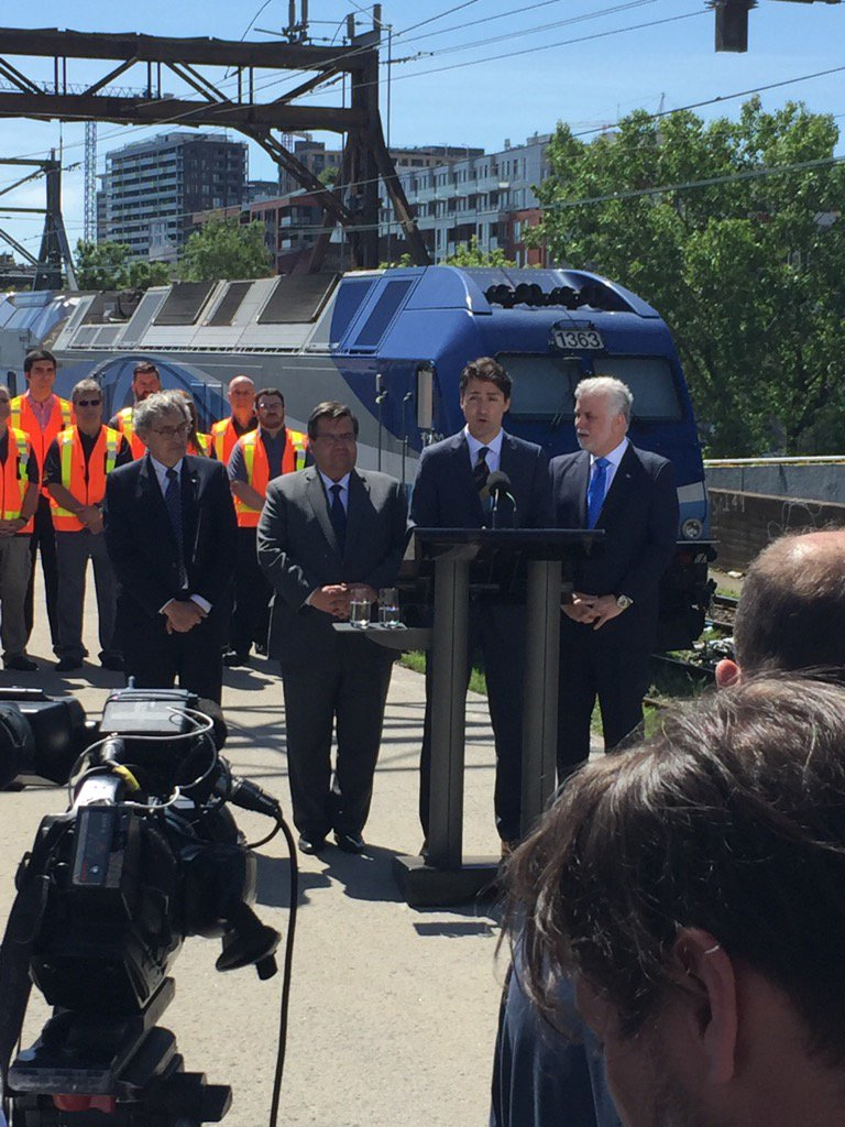 Coderre, Trudeau and Couillard make the big REM announcement on platform at Central Station. #AssNat <br>http://pic.twitter.com/zcAFv72qfV