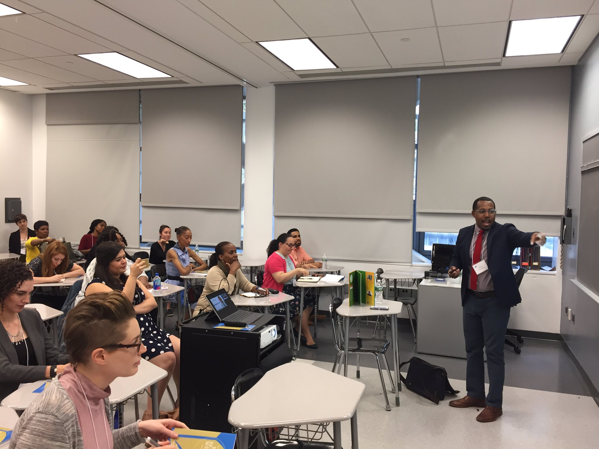 .@AlvinIrby was a teacher before starting @BarbershopBooks, so leading a breakout session in a classroom is second nature. #readingmatters https://t.co/G9n4WoeXET