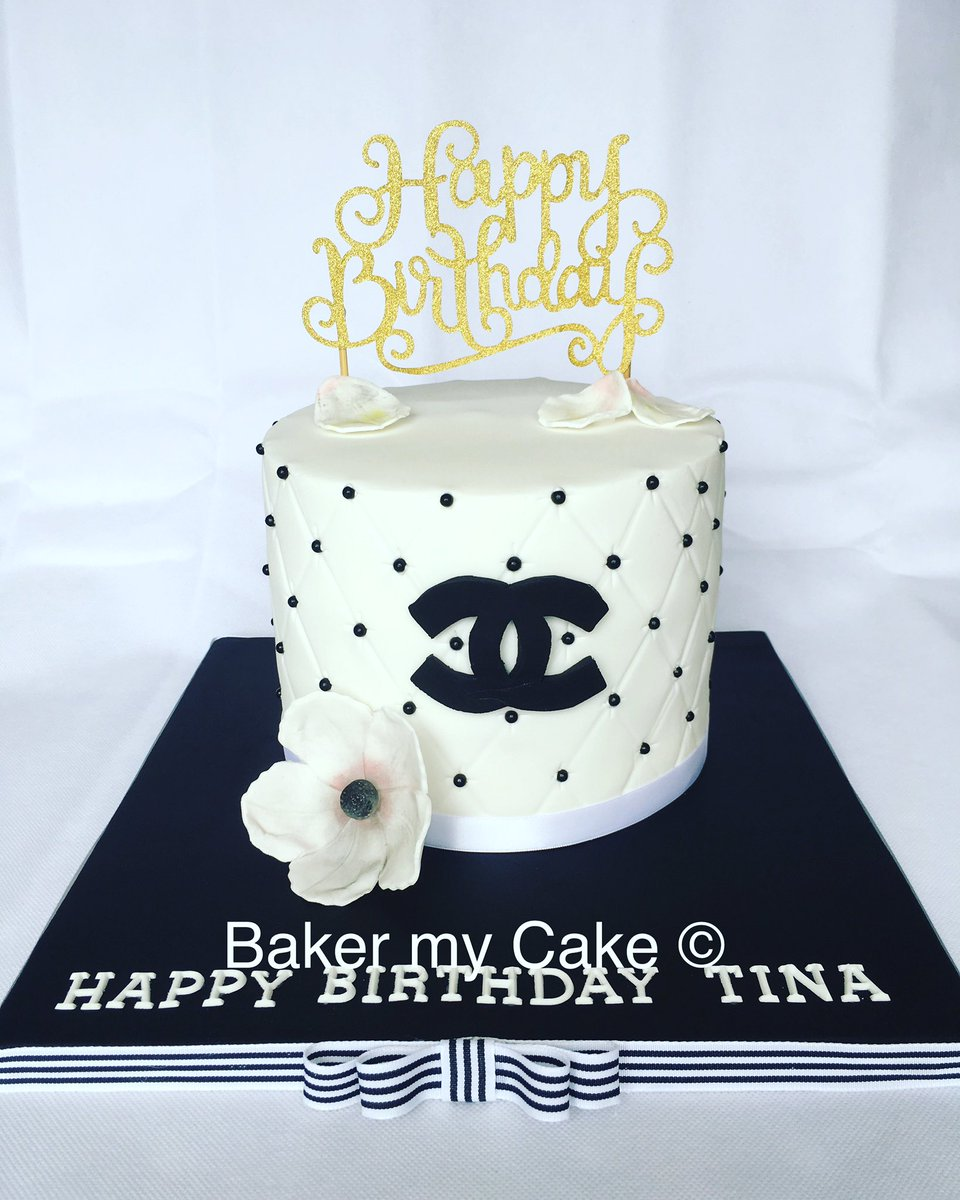 Outstanding Faye Eli Ali On Twitter A Very Classy Birthday Cake Xx Funny Birthday Cards Online Overcheapnameinfo