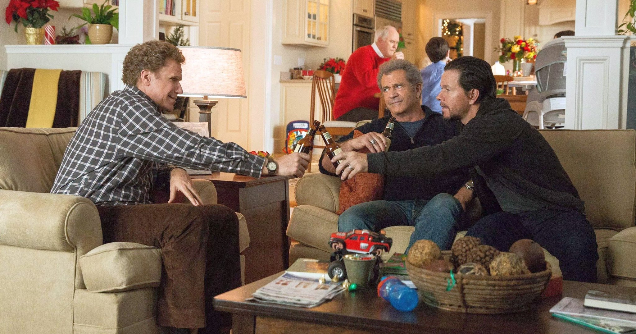 Will Ferrell & Mark Wahlberg Return In Daddy's Home 2 Trailer