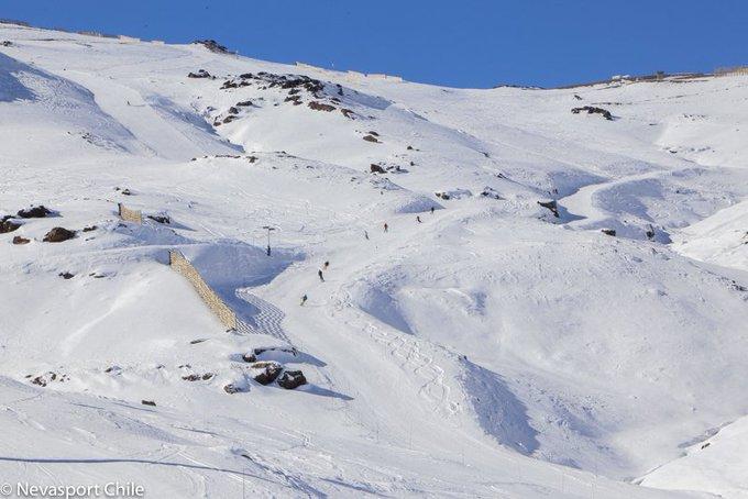 Así quedó @skilaparva tras la reciente nevada, EXCELENTE 🔝 inicio de temporada 😍https://t.co/FulXprWpBc