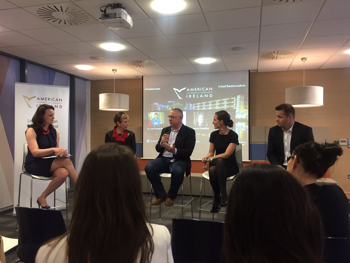 Another great evening hosted by @amchamkatie and the American chamber of commerce #teamovate #amchamleaders @liveworkplayirl<br>http://pic.twitter.com/Bv1FfqGsOo