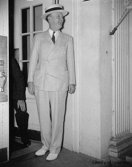 #OTD in 1935 Senator Hugo Black began investigation of lobbying activities, which led to lobbyist registration https://t.co/gYmdZLMJy5 https://t.co/LbgiBhloi2