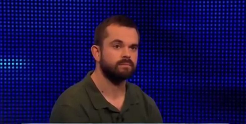 #TheChase viewers cruelly mock 'thick' maths teacher's teeth on tonight's show thesun.uk/60128mcew