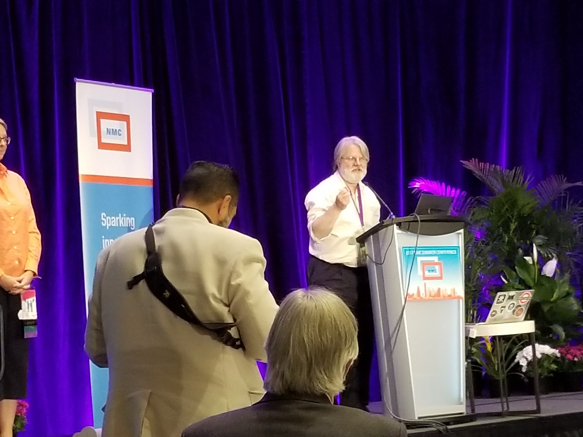New Board chair, @GardnerCampbell , introduced @closing session of #NMC17 https://t.co/AdndsHsjw4