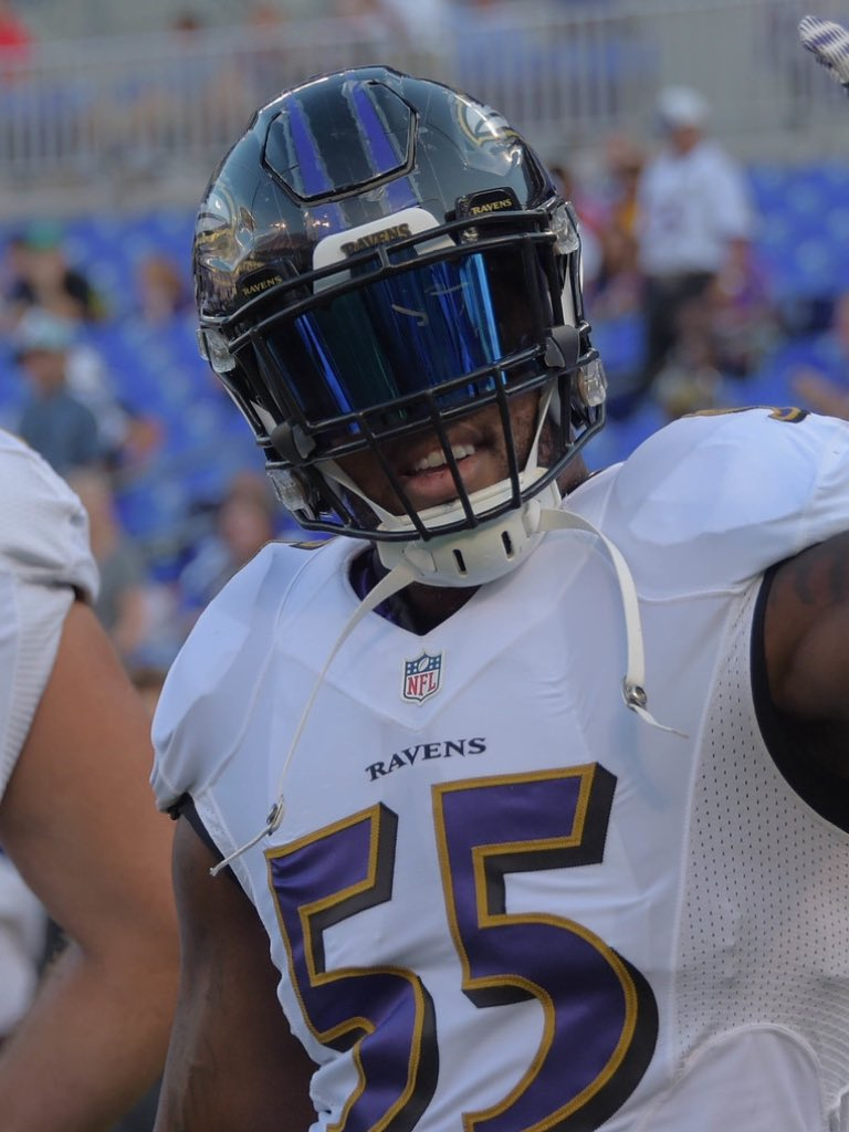 "Helmet Stalker on Twitter ""Ravens LB Terrell Suggs is using a new"