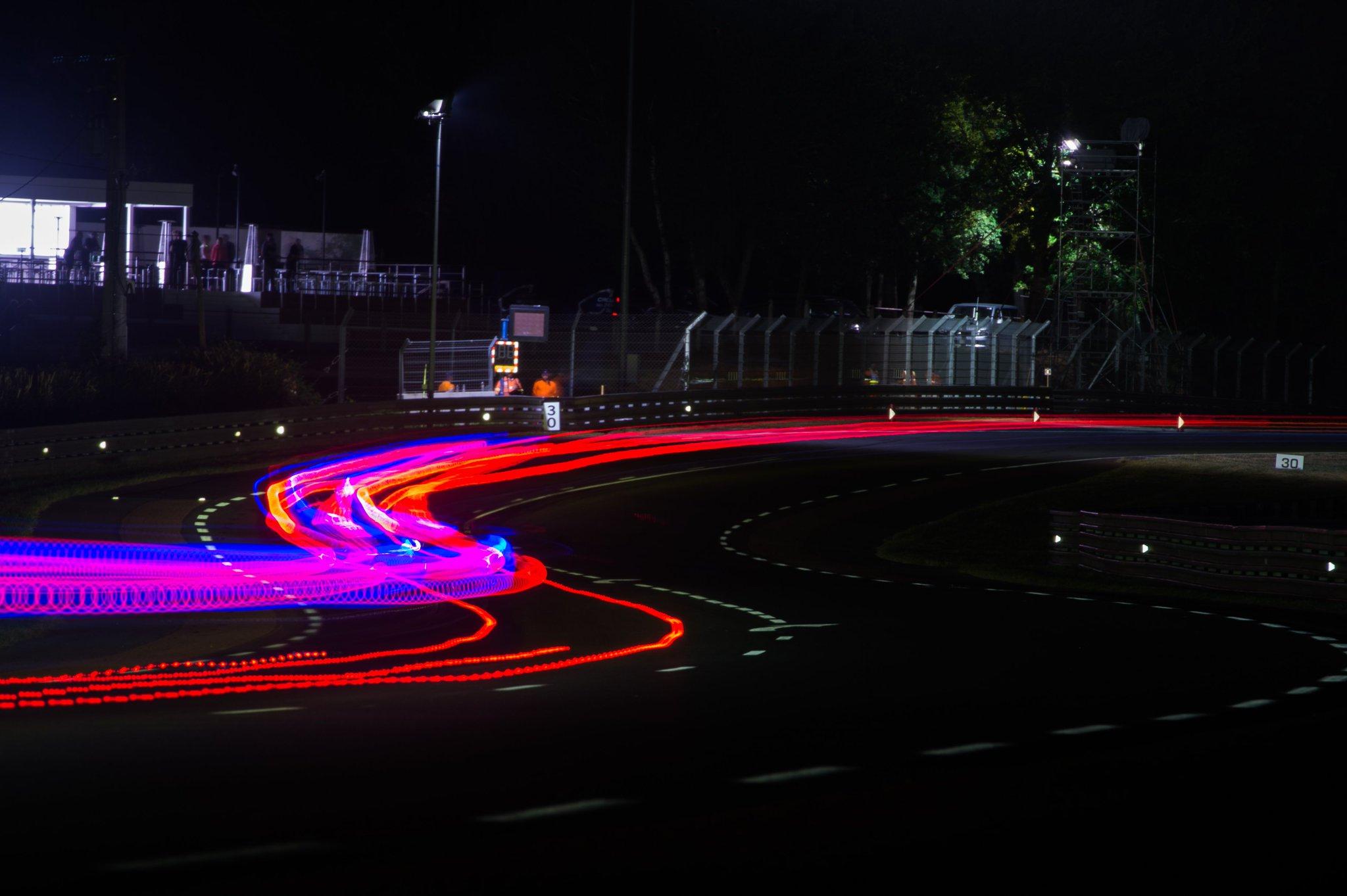 24 horas de Le Mans 2017 - Página 2 DCZJfatXsAAoeD_
