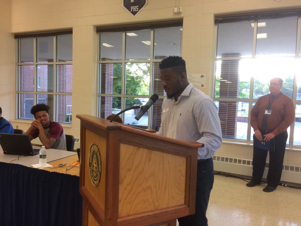 Nyles Rome, Class of 2017 president and student board member, says Early College gave him confidence. https://t.co/8BKJnnRSIK