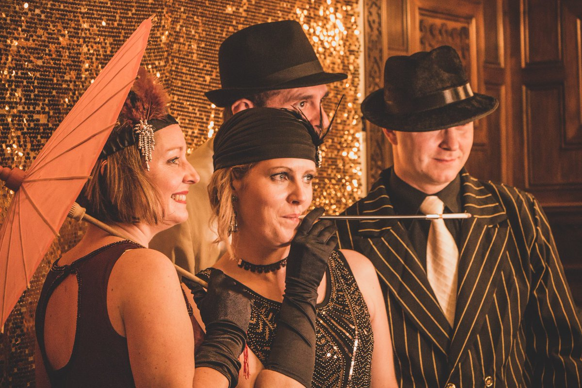 Clevedon Hall has been the chosen venue for many amazing events -  including this Great Gatsby-themed New Years Eve party! #newyear #events<br>http://pic.twitter.com/qGvB53BxlA