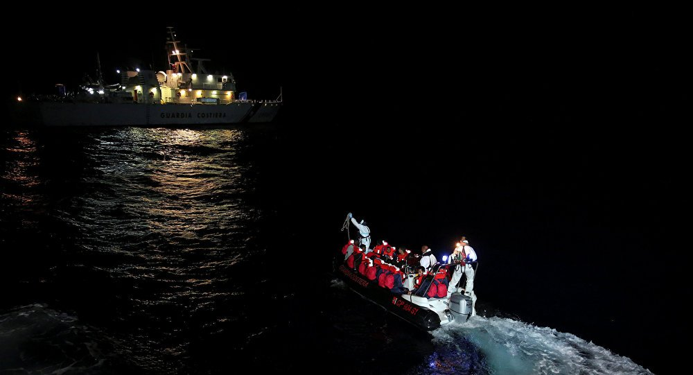 Over 1,700 #migrants rescued off #Libyan coast in 2 weeks - IOM  https:// sptnkne.ws/eHju  &nbsp;  <br>http://pic.twitter.com/rQMvClOGgJ