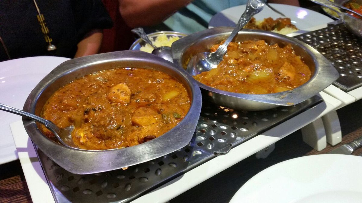 Fantastic fundraising feast at the best #curry house in town! @BaltiHouseRisht #food #Healthy #ukbizhour #chicken #nutrition #Foodie #dinner<br>http://pic.twitter.com/8oB0Xw4hkB