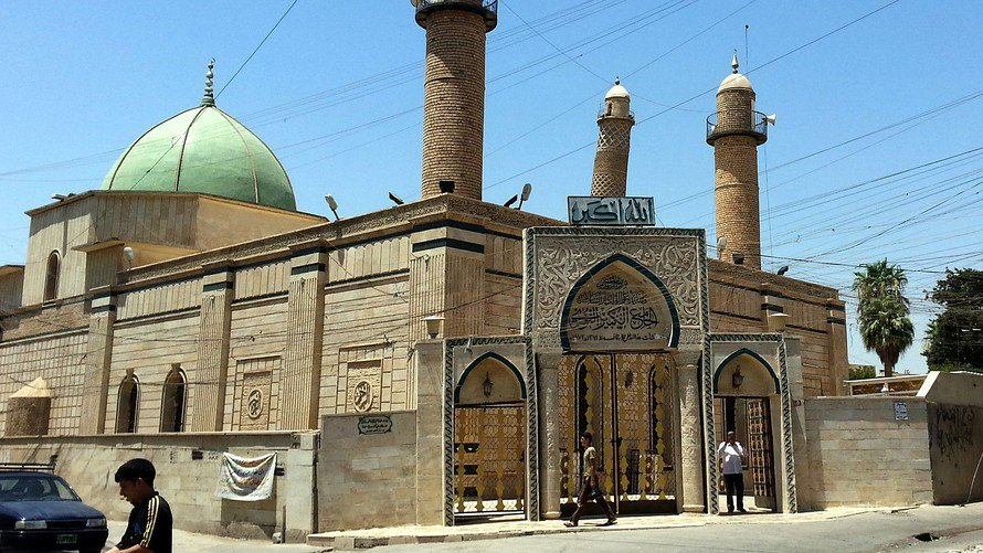 """Islamic State militants bombed the ancient Nouri Grand Mosque in what Iraq's military is calling """"a historic crime' https://t.co/gXr1yiXhol"""