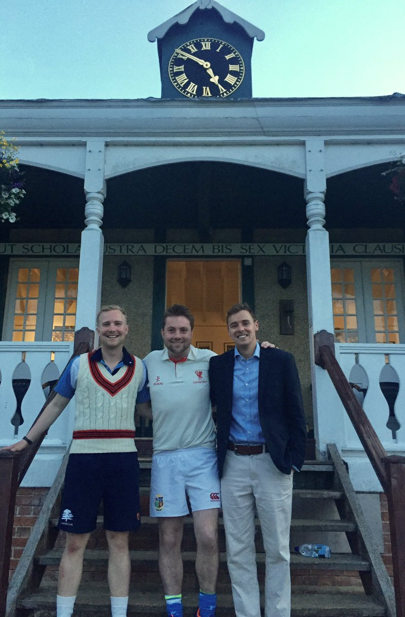 Great to catch up with these two lastnight in the @RadleySports @RadleyCricket Dons V @LudgroveTweets match. #OA #Tuckwell @KingsTaunton<br>http://pic.twitter.com/X48HZu4sgb