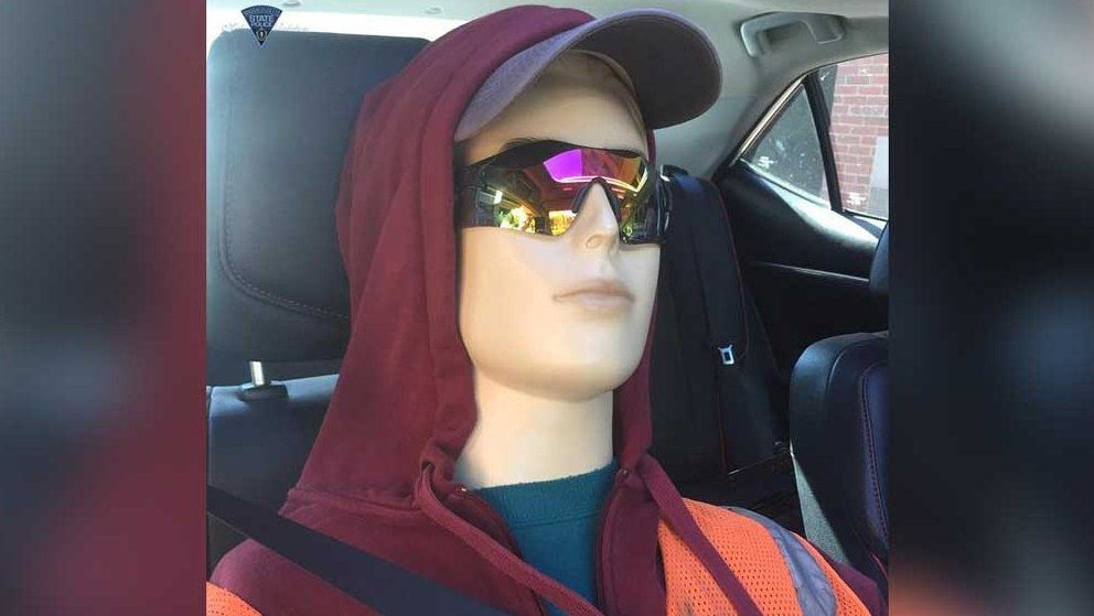 'Don't be a dummy': Troopers post warning after spotting this in HOV lane https://t.co/BdMhIUn038