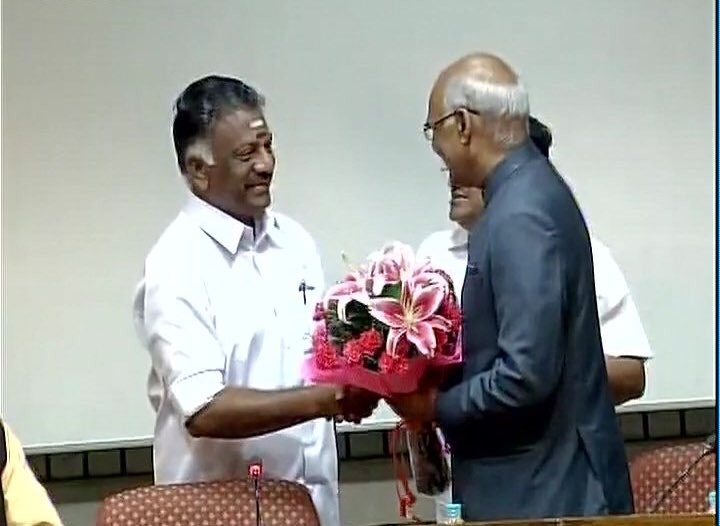 Sure shot victory for @Ramnathkovind in upcoming precedential election with the support of our #Amma &#39;s loyalist Annan #OPS <br>http://pic.twitter.com/zaOAxEdoNX