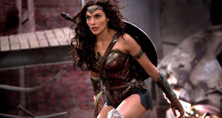 PODCAST | 'Wonder Woman' una heroína para el siglo XXI  https://t.co/a...