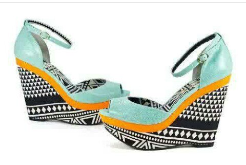 Trends blog: Step up your Summer Style with African Print accessories by Gbenga Art Smith.  http:// magdbiz.blogspot.com.ng/2017/06/step-u p-your-summer-style-with-african.html?m=1 &nbsp; …   #fashionblogger <br>http://pic.twitter.com/c1Gmewxagx