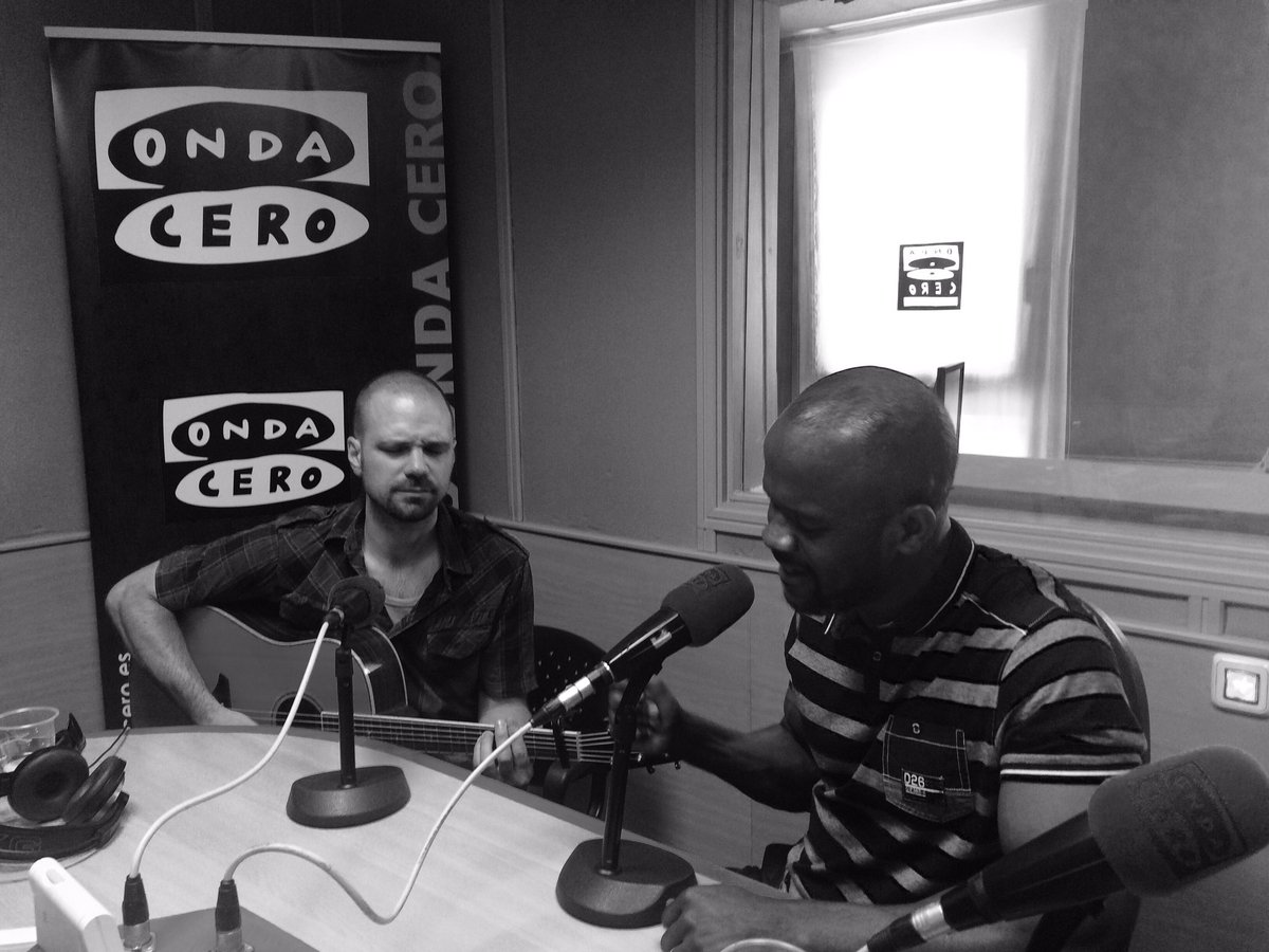 Radio interview @ #ondacero #Soulift for tonight&#39;s concert @ Ego live #AlcaladeHenares #madrid #Spain<br>http://pic.twitter.com/Lihnr6so3s